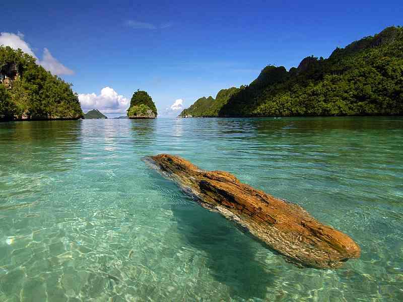 Raja Ampat Islands Indonesia   Foto Bugil 2017
